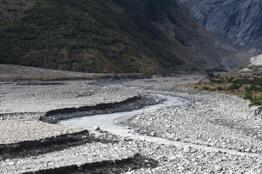 NZ FJG river bed.JPG