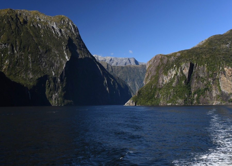 NZ milford passage2.jpg